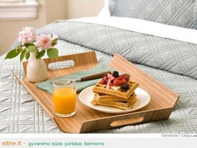 Idėja Motinos dienai: pusryčiai lovoje