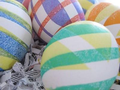 Dar keli kiaušinių marginimo būdai