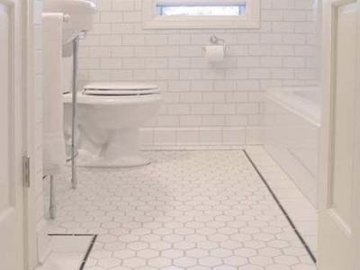 Valome ir tvarkome vonios kambarį su… AlkaSeltzer