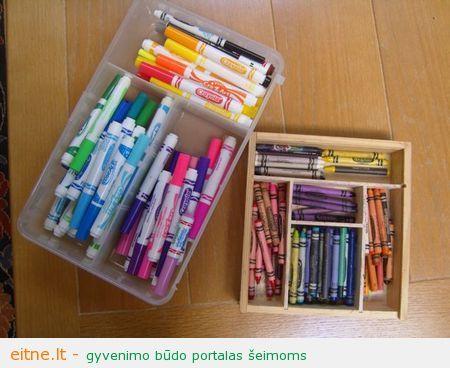 Tvarkome kreideles ir pieštukus: sudėkime juos pagal spalvą