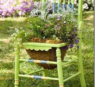 Sodininkavimas: vazonas kėdėje