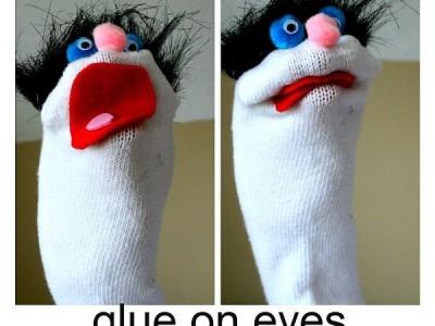 Gaminame žaislus: lėlė iš kojinės