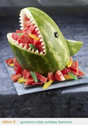 Maisto idėja: ryklys-arbūzas