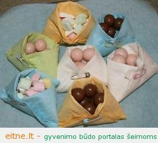 Idėja vaikų gimtadieniui: servetėlių krepšeliai