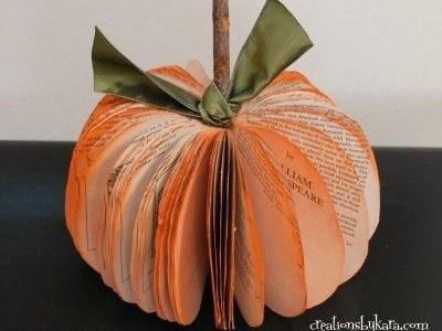 Rankdarbio idėja: moliūgas iš senos knygos