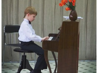 Iš mamų pašnekesių: apie muzikos mokyklą
