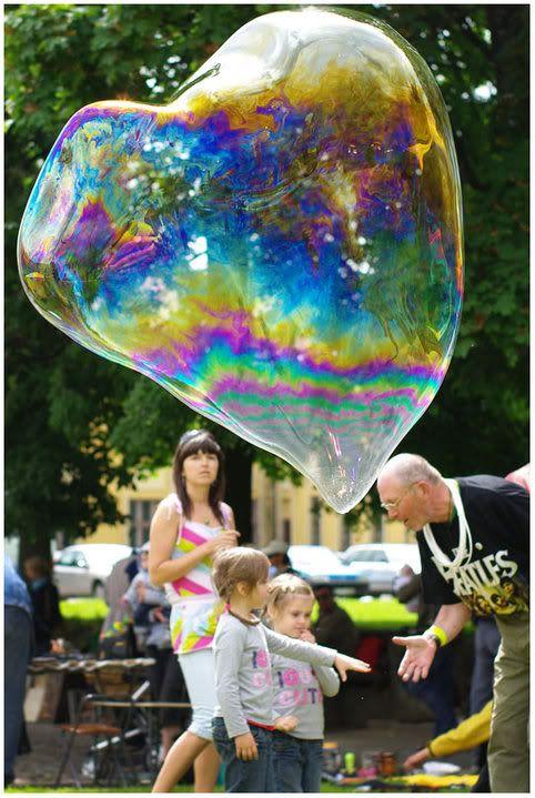 Spalvoti burbulai. Blusų turgus