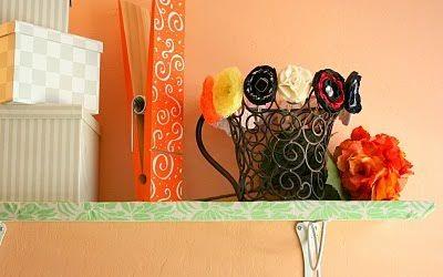 Idėja namams: medžiaga dekoruota lentyna