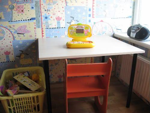 Idėja namams: stalas iš spintelės durų