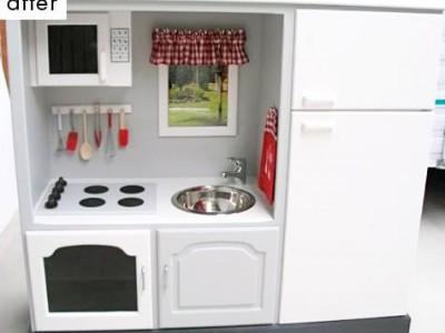 Idėja namams: žaislinė virtuvėlė iš senos spintelės