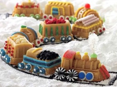 Nordic Ware Christmas Tree Cake Pan Decorating Ideas