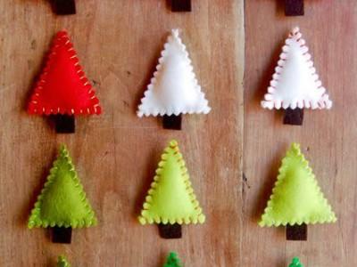 Dekoracijos kalėdoms: paprastutės eglės iš veltinio