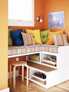 Idėja namams: lentynos vaikų kambariams