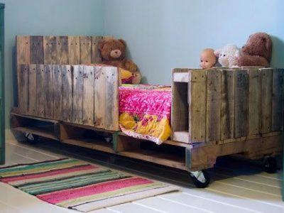 Idėja namams: vaikiška lova iš prekių padėklų