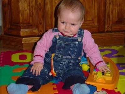 Ką moka aštuonių mėnesių kūdikis