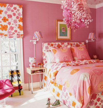 Idėja namams: rožinis 60-70-ųjų metų stiliaus mergaitės miegamasis