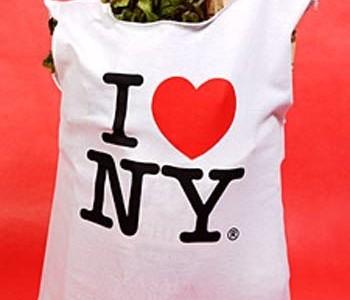 Idėja namams: pirkinių krepšys iš senų marškinėlių
