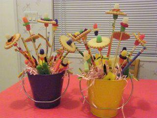 Dovanos idėja: puokštė su pieštukais