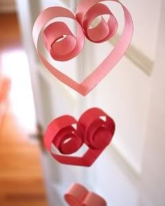 Dovanos idėja: širdelės ir gėlės Valentino dienai