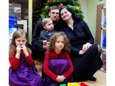 Jaukių švenčių ir džiugios šeimyninės nuotaikos