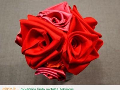 """Idėja Valentino dienai: raudonos rožės pagal žurnalą """"Burda"""""""
