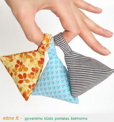 Rankdarbio idėja: levandomis kvepiantys maišeliai spintai ar komodai