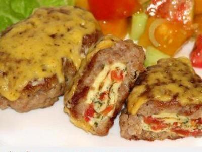 Kalakutienos suktinukai su omletu