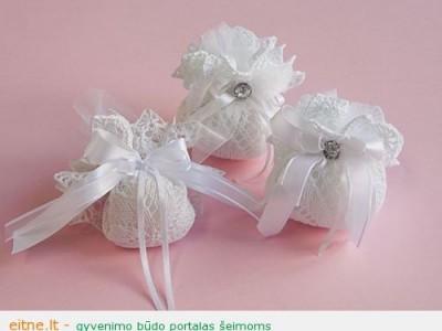Idėja Velykoms: maišeliai saldumynams iš servetėlių