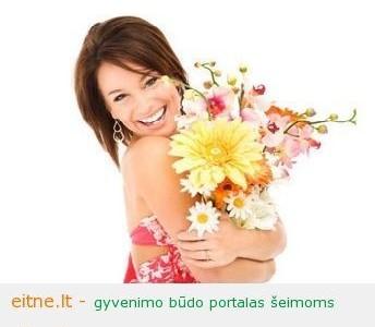 Idėja Motinos dienai: gėlių pristatymas į namus