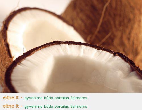 Šveitiklis su kokoso aliejumi