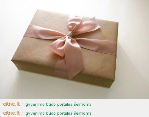 Idėja Kalėdoms: dovanos, kurių nereikia sandėliuoti
