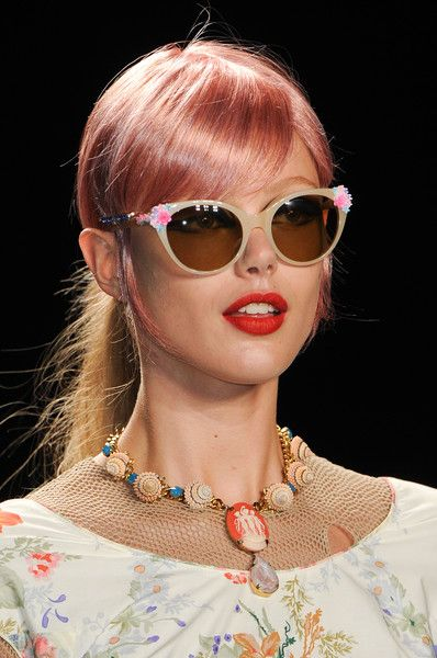 Teen-Girls-Sunglasses-style-2013-14-For-Spring-summer-7