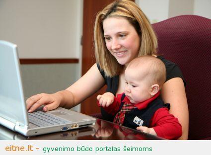 mama su kompiuterius