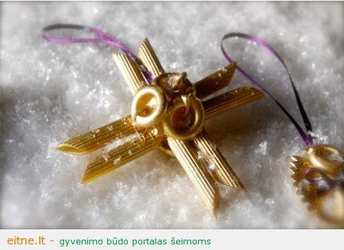 simple-homemade-christmas-ornaments1
