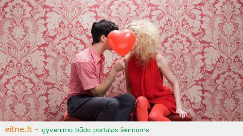 landscape_1423663389-valentines-gift-guide