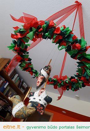 Kalėdinės dekoracijos: vainikas